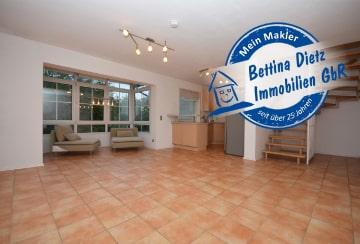 DIETZ: 2,5 Zimmer Maisonette-Wohnung mit Balkon als Wintergarten inklusive Einbauküche, 64832 Babenhausen, Maisonettewohnung