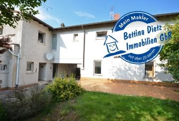 **RESERVIERT**DIETZ: 1-2 Familienhaus ideal als Mehrgenerationshaus in Rödermark – Urberach, 63322 Rödermark, Zweifamilienhaus