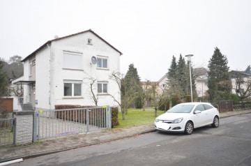 DIETZ: 3 Zimmerwohnung mit Balkon – Tageslichtbad mit Wanne – Garage, 64859 Eppertshausen, Etagenwohnung