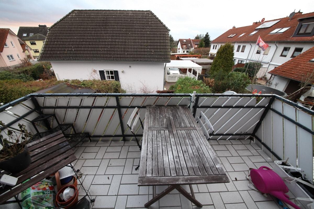 Wohnung Mieten Hanau : dachgeschosswohnung in hanau 92 m bettina dietz ~ Watch28wear.com Haus und Dekorationen