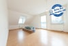 DIETZ: Frisch renovierte 3 Zi. Wohnung mit Balkon in Lützenkirchen! Besichtigung am Sa. 21.03.2020 möglich! - Wohnbereich