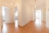 DIETZ: Frisch renovierte 3 Zi. Wohnung mit Balkon in Lützenkirchen! Besichtigung am Sa. 21.03.2020 möglich! - Flurbereich
