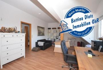 DIETZ: Gepflegte 3-Zimmer-Dachgeschosswohnung mit Einbauküche, 64839 Münster, Dachgeschosswohnung