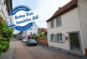 DIETZ: 3-Zimmer-Haus in ruhiger und zentraler Altstadt-Wohnlage von Groß-Umstadt!, 64823 Groß-Umstadt, Einfamilienhaus