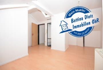 DIETZ: 2-Zimmer-Eigentumswohnung – derzeit vermietet in ruhiger, zentraler Lage von Groß-Umstadt, 64823 Groß-Umstadt, Dachgeschosswohnung