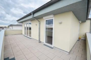 DIETZ: REDUZIERT! Moderne Penthousewohnung mit toller Aussicht! Inkl. Einbauküche, Fußbodenheizung, 64839 Münster, Penthouse