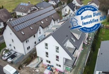 DIETZ: NEUBAU 3-Zimmer-Dachgeschosswohnung in Rodgau Rollwald! Terrasse, Tiefgaragenstellplatz, 63110 Rodgau, Dachgeschosswohnung