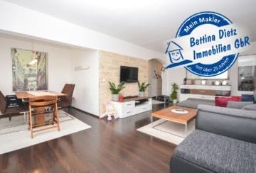 DIETZ: Helle und gepflegte 3-Zimmerwohnung mit Balkon, TG-Stellplatz und Einbauküche!, 64846 Groß-Zimmern, Etagenwohnung