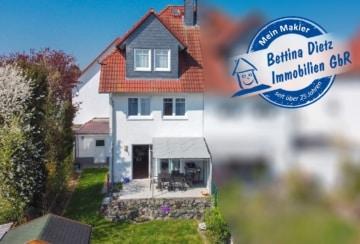 DIETZ: Doppelhaushälfte für die größere Familie im einzugsbereiten top gepflegten Zustand! Garten, Terrasse und 2 PKW-Stellplätze, 63322 Rödermark, Doppelhaushälfte