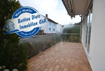 DIETZ: 3-Zimmer-Erdgeschosswohnung mit Terrasse im gepflegten Mehrfamilienhaus!, 64850 Schaafheim, Terrassenwohnung