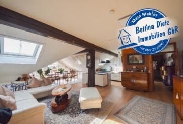DIETZ: 3-4 Zimmer Wohnung mit Aufzug im DG eines Wohn- und Geschäftshauses!, 63110 Rodgau, Dachgeschosswohnung