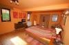 **VERMIETET**  Stimmungsvolle Hofreite - modernisiert- mit 2 Wohnungen - Blick in ein Schlafzimmer