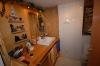 **VERMIETET**  Stimmungsvolle Hofreite - modernisiert- mit 2 Wohnungen - Einblick ins Badezimmer