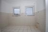 3 Zimmer Erdgeschosswohnung mit 2 Terrassen u. Garten  in ruhiger naturnahmer Umgebung von Babenhausen-Harreshausen - Blick in die Küche