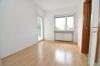 Helle moderne 3-4 Zimmer Wohnung mit Balkon und Einbauküche  im Obergeschoss eines gepflegten 2 Familienhaus! - An der Küche angrenzender Essbereich