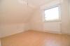 Tolles komplett neu renoviertes Einfamilienhaus (ERSTBEZUG) mit großem Garten und Garage direkt in Babenhausen! - Schlafzimmer 3 von 3
