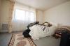 **VERMIETET** DIETZ: Gehobene 2 Zimmerwohnung mit Einbauküche - Südbalkon Tageslichtbad mit Dusche und Wanne + Tiefgaragenstellplatz - Schlafzimmer (jetzt Laminatboden)