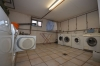 **VERMIETET** DIETZ: Gehobene 2 Zimmerwohnung mit Einbauküche - Südbalkon Tageslichtbad mit Dusche und Wanne + Tiefgaragenstellplatz - Gemeinsame Waschküche