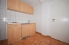 **VERMIETET**DIETZ: 1 Zimmerwohnung im Erdgeschoss mit Einbauküche - Duschbadezimmer - Tiere nach Absprache - mit 2 Kochplatten + Kühlschrank