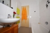 **VERMIETET**DIETZ: 2 Zimmer Erdgeschosswohnung mit extrabreiter Garage SÜD-WEST-Balkon, Fußbodenheizung, Solaranlage -KfW-60-Haus - Badewanne und Handtuchwärmer