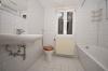 **VERMIETET**DIETZ: Einfamilien++WALD++Haus mit 2000 m² Grst. sucht Naturliebhaber +++ Nichts für den Angsthasen! - Tageslichtbad mit Wanne