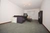 **VERMIETET**DIETZ: 1,5 Zimmer Wohnung Tiefgarage & Einbauküche inkl., Schwimmbad und Sauna - - Wohn- und Schlafbereich