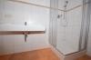 **VERMIETET**DIETZ: Modernisierte 3,5 Zimmerwohnung mit Balkon Einbauküche - nagelneues Tageslichtbad - Garage - Feldrand! - Wanne+Dusche