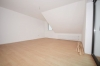 **VERMIETET**DIETZ: Modernisierte 3,5 Zimmerwohnung mit Balkon Einbauküche - nagelneues Tageslichtbad - Garage - Feldrand! - Wohnzimmer