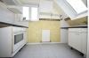 **VERMIETET**DIETZ: Sehr schöne Dachgeschosswohnung inmitten der Altstadt Groß-Umstadts - Dachloggia - Tiefgarage - Wannenbad - Einbauküche inklusive