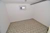 *VERMIETET* Sonnige großzügie 3 - 4 Zimmer Wohnung mit Balkon,  Garage und Tageslichtbadezimmer m. Wanne u. Dusche! - Keller