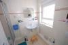 **VERMIETET**DIETZ:  Traumhafte Doppelhaushälfte mit tollem Garten. Wie aus dem  Ei gepellt. (Termin machen, anschauen) - Ein weiteres Bad mit Dusche im DG