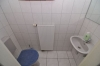 VERMIETET! DIETZ: Energiesparendes familienfreundliches Einfamilienhaus  mit Terrasse, Garten TGL-Bad, Einbauküche und und und... - Gäste-WC