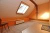 DIETZ: Trendige 3 Zimmer Wohnung mit modernem Tageslichtbad und Gartenmitbenutzung! - Schlafzimmer 1 von 2