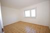 **VERMIETET**DIETZ: Renovierte 4 Zimmer Wohnung mit Balkon und  Garten in bevorzugter Lage! Garage möglich! - Schlafzimmer 2