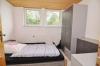 DIETZ: **VERMIETET** Klasse!!! VOLL möblierte 2 Zimmer Wohnung mit Tageslichtbadezimmer, Einbauküche und KFZ-Stellplatz! - Schlafzimmer (Inkl. Möblierung)