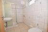 DIETZ: **VERMIETET** Moderne 2 Zimmer Souterrainwohnung,  mit Fußbodenheizung in ruhiger Lage! - Bad mit Waschmaschinenanschluss