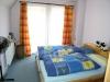 DIETZ: **VERMIETET**Schöne sehr helle Doppelhaushälfte in bester ruhiger Lage von Schaafheim! - Weiteres Schlafzimmer