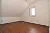 DIETZ: **VERMIETET**Schöne Doppelhaushälfte inklusive Einliegerwohnung, Terrasse, Garten, Kachelofen und 2 Einbauküchen!!! - Schlafzimmer 2 von 4