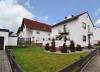 DIETZ: Freistehendes Einfamilienhaus mit großem Garten und Garage! - Gartenansicht