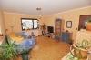 DIETZ: Freistehendes Einfamilienhaus mit großem Garten und Garage! - Wohnzimmer (mit Parkettboden)