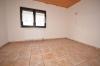 **VERMIETET**DIETZ: 210 m² für 2 Familien - 2 Balkone - 3 Tageslichtbäder Eigener Garten und Freisitz - Doppelgarage - RIESIG - Schlafzi. 1 von 2 (1.OG)