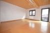 **VERMIETET**DIETZ: 210 m² für 2 Familien - 2 Balkone - 3 Tageslichtbäder Eigener Garten und Freisitz - Doppelgarage - RIESIG - Schlafzi. 1 von 3 (2.OG)
