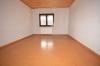 **VERMIETET**DIETZ: 210 m² für 2 Familien - 2 Balkone - 3 Tageslichtbäder Eigener Garten und Freisitz - Doppelgarage - RIESIG - Schlafzi. 2 von 3 (2.OG)