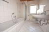 **VERMIETET**DIETZ: 4 Zimmer Wohnung mit 2 Balkonen, Garage+Außenstellpaltz, Badewanne, Gäste-WC und vieles mehr! - Tageslichtbad mit Wanne+Dusche