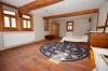 **VERMIETET** DIETZ: Traumhafte, modernisierte Hofreite mit Stallungen, Scheunen, Gewölbekeller, große Schlaf- und Wohnzimmer! - Großes Schlafzimmer 1 von 3