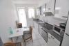 **VERMIETET**DIETZ:  Helle 3 Zi. EG Wohnung - gepflegtes Wohnhaus mit 2 Balkonen und KFZ-Stellplatz! Direkte Feldrandlage! - Blick in die Küche (mit Balkonzugang)