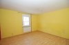 DIETZ: Fast wie im eigenen Haus! 7 Zimmer auf 127 m² Wohnfläche. **Eigener Garten** 1/2 Provision - Blick in den Wohnbereich