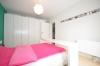 **VERMIETET**DIETZ TIPTOP 4 Zimmer Terrassenwohnung - Wanne+Dusche - Gäste-WC - 2 Terrassen - Stellplatz - Schlafzimmer 1 von 3 -
