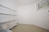**VERMIETET**DIETZ: 2 Zimmerwohnung mit Einbauküche - Balkon - überdachter Stellplatz im modernen 4 Familienhaus - Eigener Kellerraum