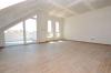 **VERMIETET**DIETZ: +++Neubauwohnung 2 Zimmer mit Balkon - Fußbodenheiz. - PKW-Stellplatz - 6 Familienhaus - Jügesheim - Wohn- und Essbereich